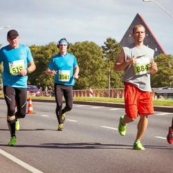 SEB Tallinna Maraton - Lasse Hiltunen (884), Anna Hiltunen (885), Sergey Egorov (3541)