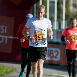 4. Tartu Linnamaraton - Raido Tonts (251)
