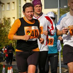 1. Tartu Linnamaraton / Sügisjooks - Pille Saluvere (240)