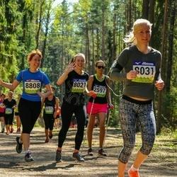 34. Tartu Jooksumaraton - Kätlin Anni (8021), Annika Aruots (8031), Pille-Riin Tammela (8808)