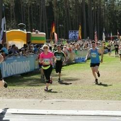 34. Tartu Jooksumaraton - Erkki Laaneoks (8299), Annika Labent (8303), Olav Ojasaar (8528)