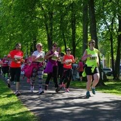 SEB 29. Maijooks - Karin Marjapuu (2401), Kristi Rebane (3199), Anjali Venkatasubramanian (6356)