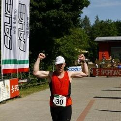 Hiiumaa VI jooksumaraton - Kerli Kivisikk (30), Iris Karu (30), Laikre Karmen (30), Martin Herem (30)