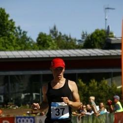 Hiiumaa VI jooksumaraton - Virje Valdna (37), Ingel Tärk (37), Jõeleht Aivo (37), Kaarel Kuslap (37)