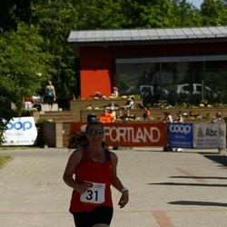 Hiiumaa VI jooksumaraton - Maarja Berkmann (31), Pille Kalda (31), Märten Mõttus (31)