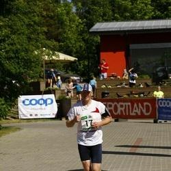 Hiiumaa VI jooksumaraton - Madli Kaevats (17), Marta Eller (17), Saard Meelis (17), Urmas Hallik (17)