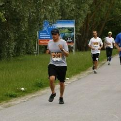 Pärnumaa Võidupüha maraton - Ulises Aguiar (204), Andrew Calbick (220)