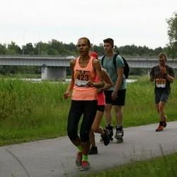 Pärnumaa Võidupüha maraton - Luke Demoes (223), Eda Talts (423)