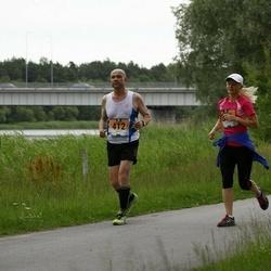 Pärnumaa Võidupüha maraton - Ave Pisa (376), Andres Sinimeri (412)