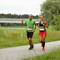 Pärnumaa Võidupüha maraton - Kaarel Kaisel (252), Merilin Kimer (271)