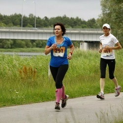 Pärnumaa Võidupüha maraton - Aet Kull (291), Heli Üle (461)