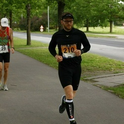 Pärnumaa Võidupüha maraton - Erkki Etverk (29), Deniss Arsenins (210)