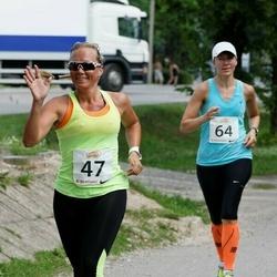 Elva Tänavajooks - Renna Järvalt (47), Annika Mets (64)