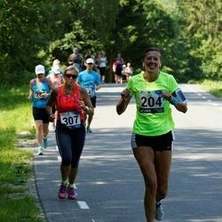 35. jooks ümber Pühajärve - Pille Sabolotni (204), Marge Almre (307)