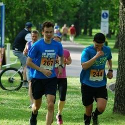 Pärnumaa Võidupüha maraton - Karl Jõumees (244), Oliver Kask (267)