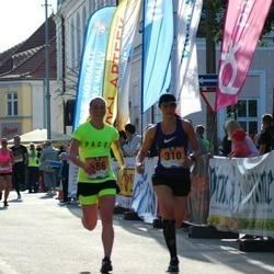 Pärnumaa Võidupüha maraton - Kadri Leesment (310), Maarja Pütsep (386)
