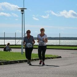 44. jooks ümber Ülemiste järve - Anna Giljova (105), Natalja Morozova (106)