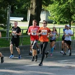 SEB Tallinna Maratoni Sügisjooks (10 km) - Roman Melnikov (34), Andre Lomaka (172), Põldsaar Paul (214)