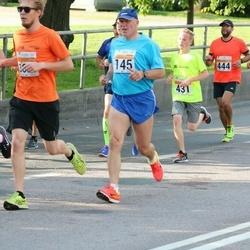 SEB Tallinna Maratoni Sügisjooks (10 km) - Ain Mõnjam (145), Martin Riives (431), Aigar Ojaots (444)