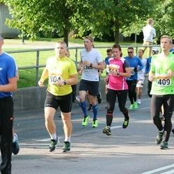 SEB Tallinna Maratoni Sügisjooks (10 km) - Aare Aruniit (409), Marko Haidak (804)