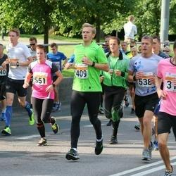 SEB Tallinna Maratoni Sügisjooks (10 km) - Anton Semjonov (319), Aare Aruniit (409), Kert Uutsalu (538), Jaanika Vilde (551)