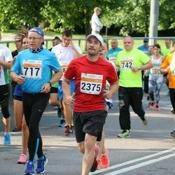 SEB Tallinna Maratoni Sügisjooks (10 km) - Urmas Abel (717), Ove Sesmin (742), Aare Selge (1149), Elvis Rüütel (2375)
