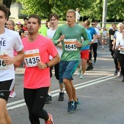 SEB Tallinna Maratoni Sügisjooks (10 km) - Lauri Mühlberg (1435), Andre Org (4645)