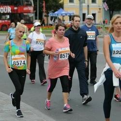 SEB Tallinna Maratoni Sügisjooks (10 km) - Janne-Merilyn Kureküla (8574), Maimu Kureküla (8575), Anna Gruzova (12212)