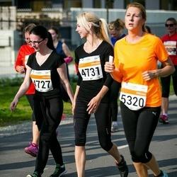 SEB Tallinna Maratoni Sügisjooks (10 km) - Annely Talirand (4727), Kristina Pau (4731)