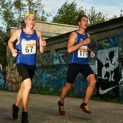 SEB Tallinna Maratoni Sügisjooks (10 km) - Christopher Kalev (67), Henri Roos (177)