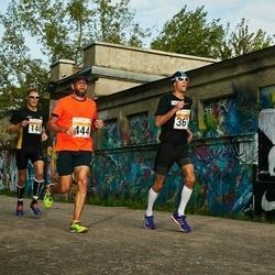 SEB Tallinna Maratoni Sügisjooks (10 km) - Tomi Tynkkynen (361), Aigar Ojaots (444)