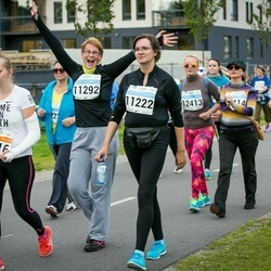 SEB Tallinna Maratoni Sügisjooks (10 km) - Riin Kustavson (3216), Anneli Vebus (11222), Katrin Charles (11292)