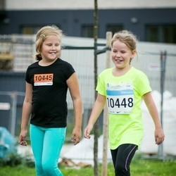 SEB Tallinna Maratoni Sügisjooks (10 km) - Karin Õue (10445), Birgith-Carina Vallimaa (10448)