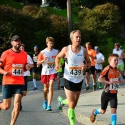 SEB Tallinna Maratoni Sügisjooks (10 km) - Peep Joonas (439), Aigar Ojaots (444)