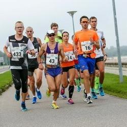 SEB Tallinna Maraton - Moonika Pilli (14), Ülari Kais (16), Tauno Hang (43), Taavi Kala (433)