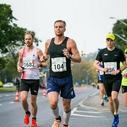 SEB Tallinna Maraton - Tuukka Tuuli (104), Bjorn Roar Vagle (1682)