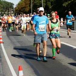 SEB Tallinna Maraton - Bruno Münter (1229), Sandra Ojamäe (3037)