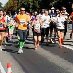 SEB Tallinna Maraton - Eike Mällo (341), Maie Pihl (536), Risto Nurmsalu (859), Erle Laasberg (2206), Liisa Kull (3651)