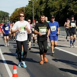 SEB Tallinna Maraton - Olev Kitvel (390), Aare Kesamaa (1664), Martti Vilumaa (3424)