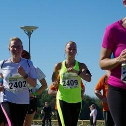 SEB Tallinna Maraton - Brenda Edovald (2402), Roberta Liinar (2409)