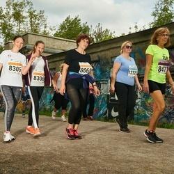 SEB Tallinna Maratoni Sügisjooks (10 km) - Ülle Soiver (8063), Oksana Haruk (8305), Anastasija Fjodorova (8306)