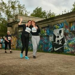 SEB Tallinna Maratoni Sügisjooks (10 km) - Anneli Vebus (11222), Katrin Charles (11292)