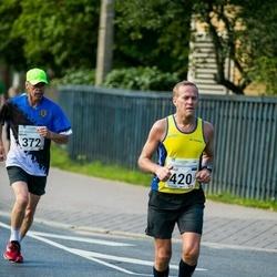 SEB Tallinna Maraton - Maido Kaljur (372), Arnold Laasu (420)