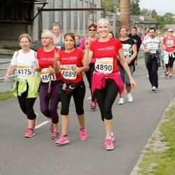 SEB Tallinna Maratoni Sügisjooks (10 km) - Katrina Vetserina (4889), Anastassia Padar (4890), Anastasia Skosyreva (4891)