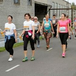 SEB Tallinna Maratoni Sügisjooks (10 km) - Annika Kaarma (8817), Katrin Toomla (8818), Helen Valma (10555)