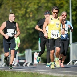 SEB Tallinna Maraton - André Abner (221), Lauri Allekand (2212)