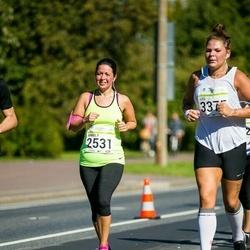 SEB Tallinna Maraton - Annely Järvis (2531), Liis Velsker (3375)