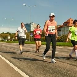 SEB Tallinna Maraton - Armi Yli-Karro (3312), Sergei Maslennikov (3321)