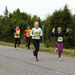 43. Saaremaa kolme päeva jooks - Triin Peterson (220), Dagmar Vlassov (351)