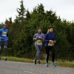 43. Saaremaa kolme päeva jooks - Helen Margus (216), Helise Johanson (621)